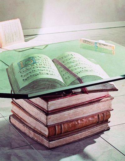art. 2080 Tavolino libri patina policroma